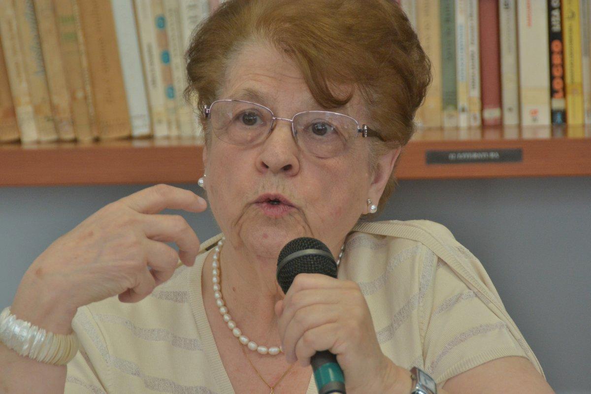 Regina Tavares da Silva