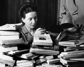 Read more about the article Simone de Beauvoir,  o feminismo de segunda vaga e o Maio de 68